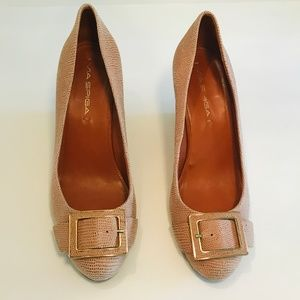Via Spiga Peach and Gold Wedge